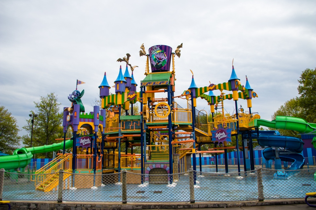 Splash Castle, Sesame Place, Sesame Street, Bucks County, Langhorne PA, Kids Theme Park