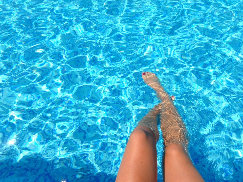 pool, legs, Travel Tips, Road Trip, Help, travel, relaxation, refreshing,