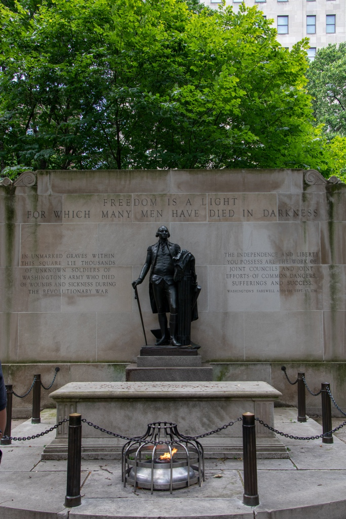 tomb of the unknown solider, Washington square, Philadelphia, Philly