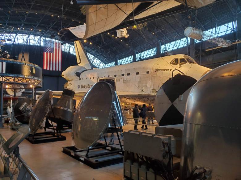 Smithsonian, Museum, Air and Space, Steven F. Udvar-Hazy Center, Washington DC, Fairfax County, VA, heat shields, satellites, space shuttle, Discovery, Gemini, Apollo,