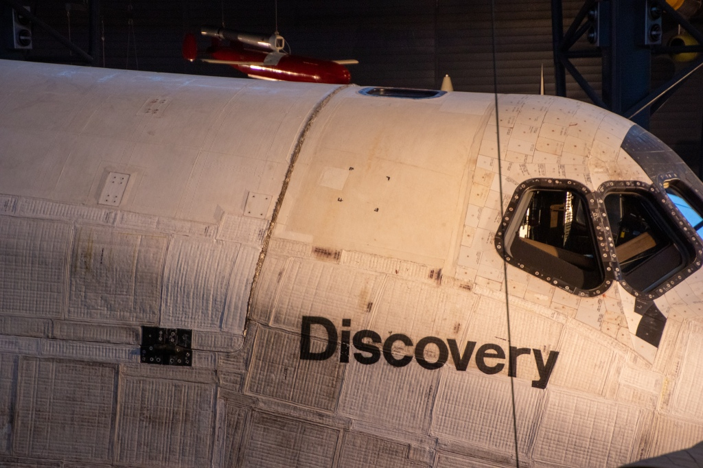 Discovery, Space Shuttle, Smithsonian, Museum, Air and Space, Steven F. Udvar-Hazy Center, Washington DC, Fairfax County, VA,
