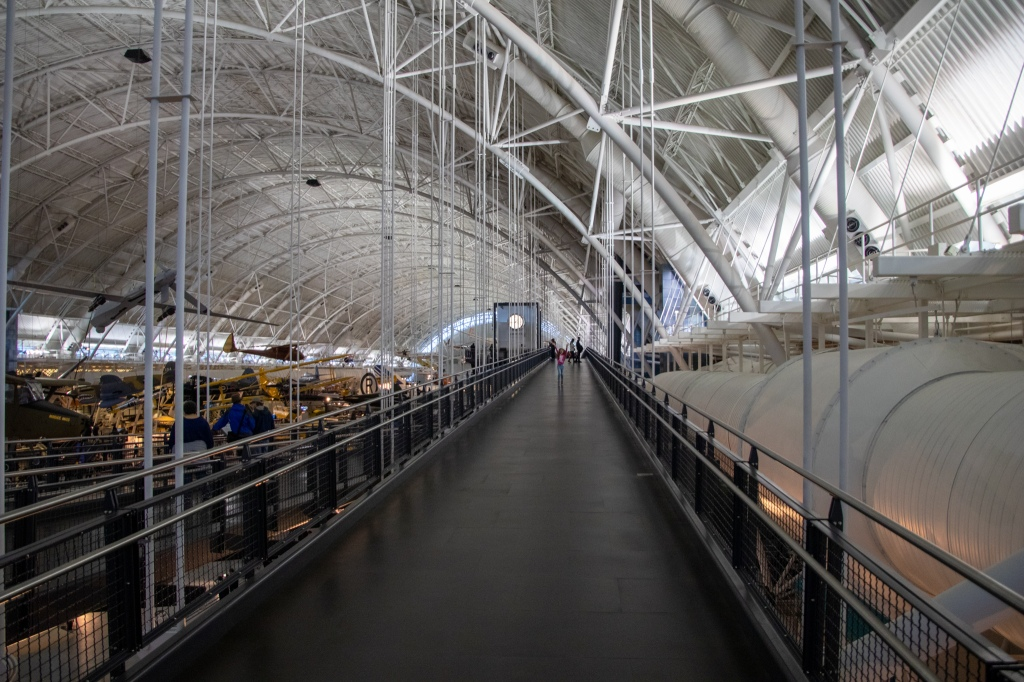 Smithsonian, Museum, Air and Space, Steven F. Udvar-Hazy Center, Washington DC, Fairfax County, VA, walkway