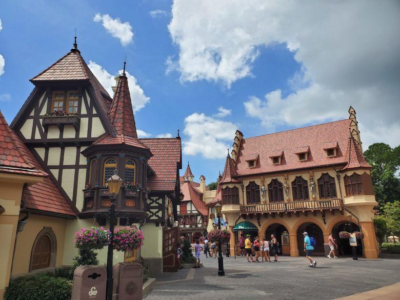 Disney World, Walt, WDW, thrills, rides, food, tips, tricks, magic kingdom