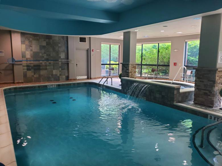 Hotel pool at the Courtyard by Marriott Pittsburgh Greensburg