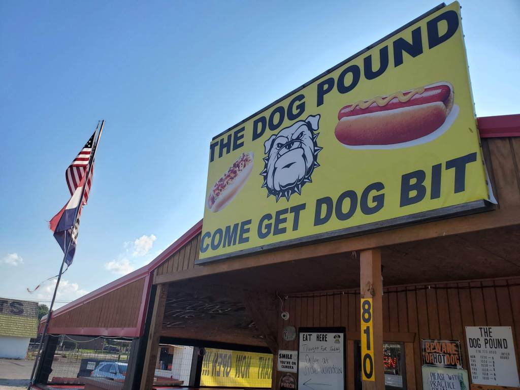 The Dog Pound, Hog Dog, Cave City Kentucky,
