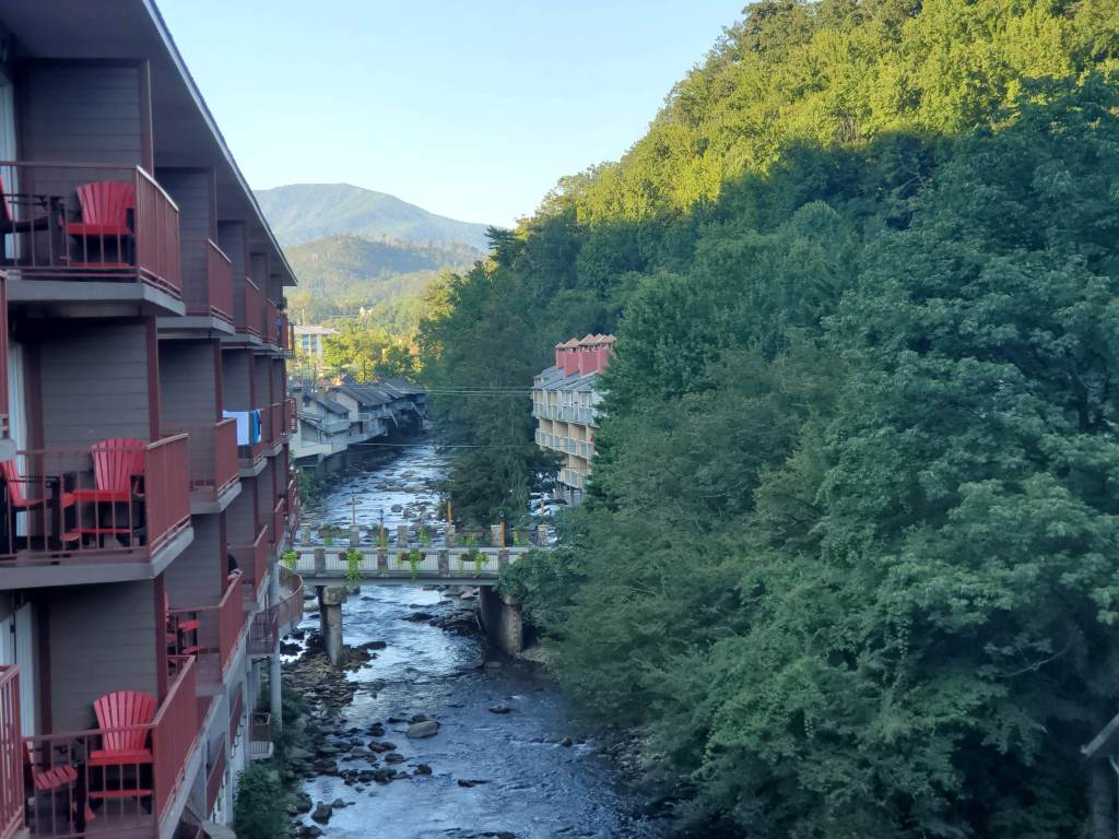hotel review, Gatlinburg, Pigeon Forge, Tennessee, TN, Baymont, Wydham, balcony view,