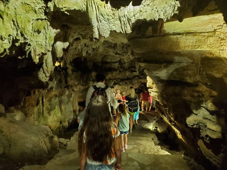 Mammoth Onyx Cave at Kentucky Down Under