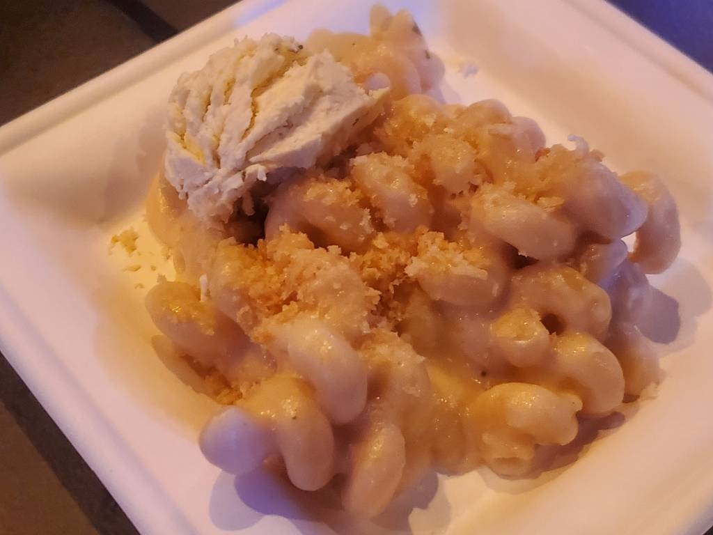 Gourmet Mac and Cheese at EPCOT Food and Wine Festival tent