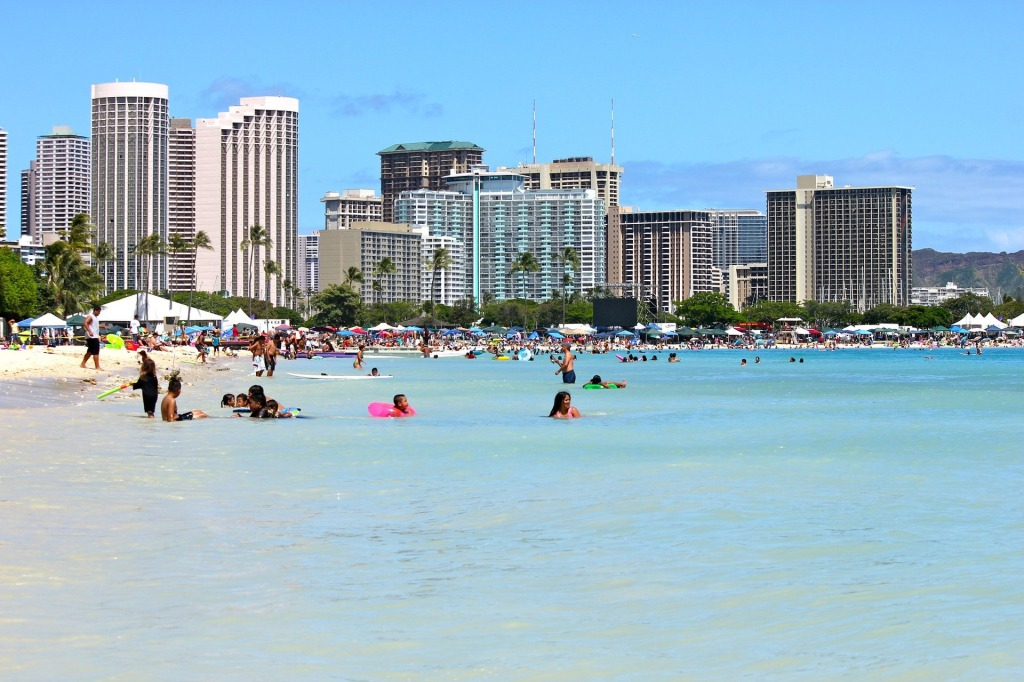 Waikiki Beach, Hawaii, hotels, ocean, pacific, vibrant blue waters,