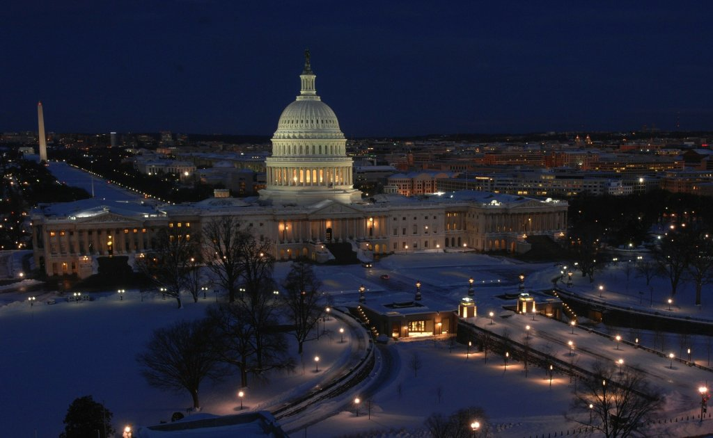winter, snow covered streets, Capital Building, Washington, DC, America, United States, Washington Monument,