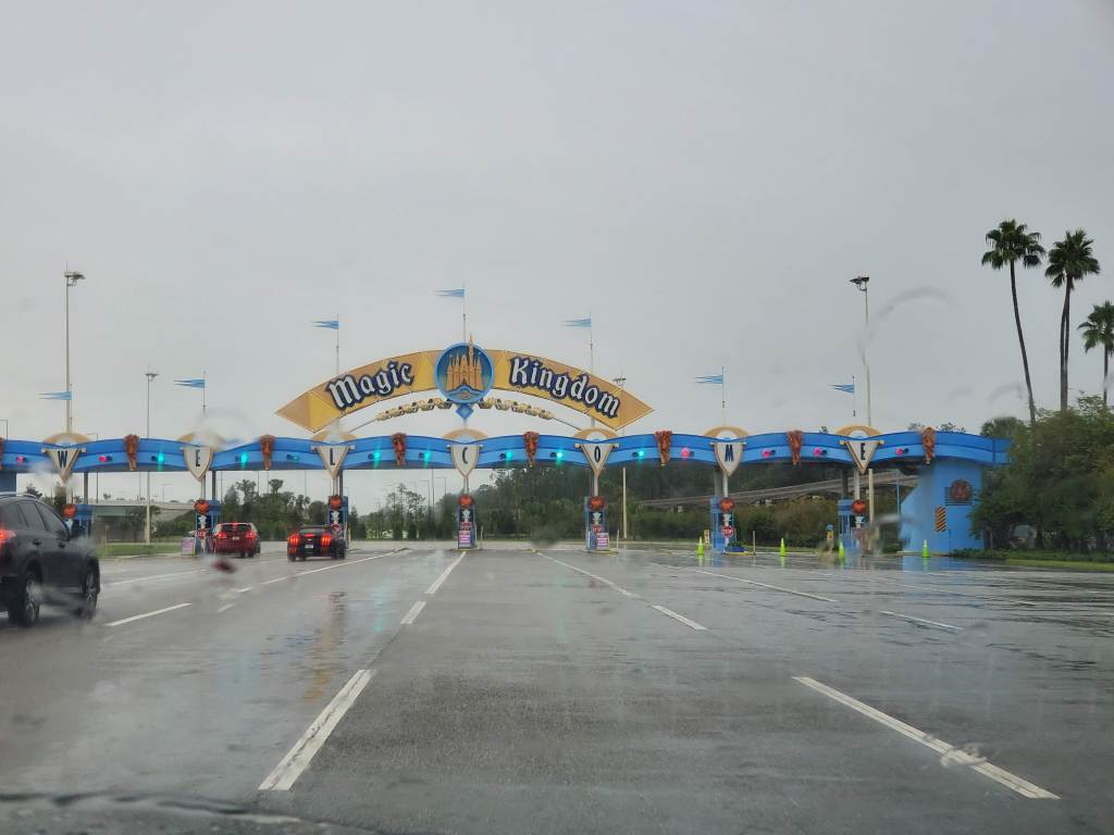 Magic Kingdom Parking, Orlando Florida, WDW, Disney parking fees, Theme park, central Florida