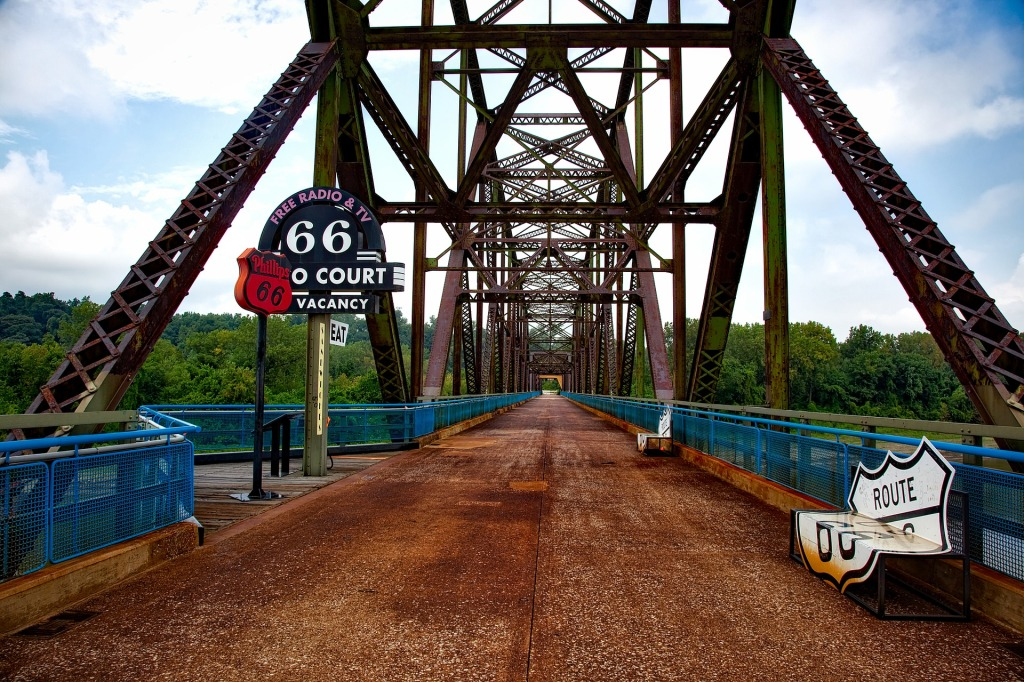 Historic, Route 66, Chain of Rocks Bridge, Mississippi River,