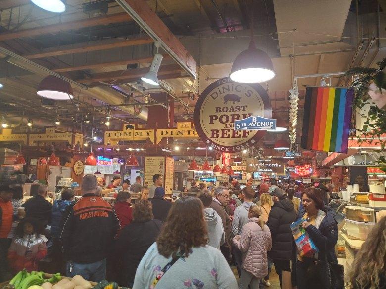 Reading Terminal Market, Dinic's Roast Pork,
