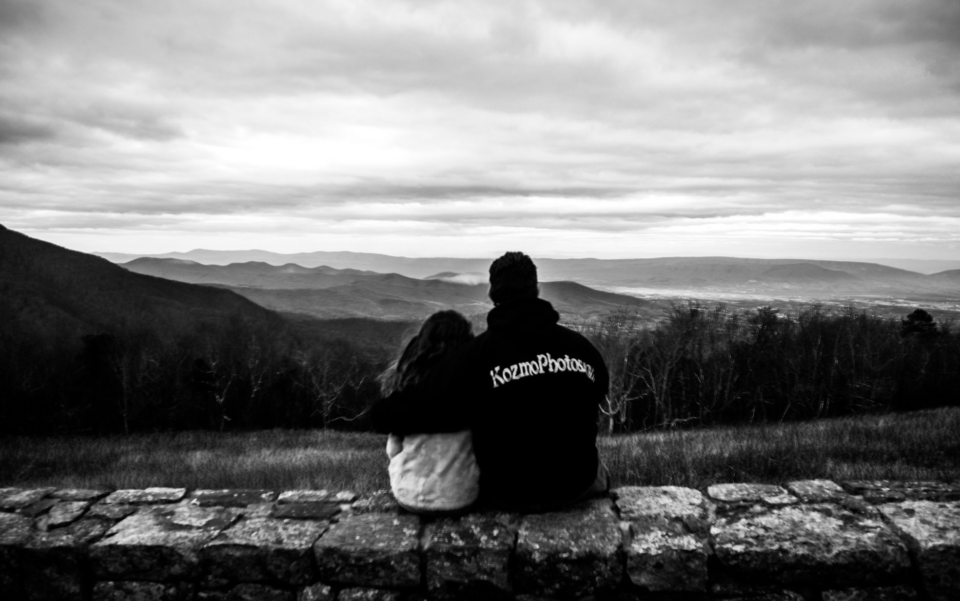 looking out to the mountains, Daddy and daughter, KozmoPhotos.com, Skyline Drive